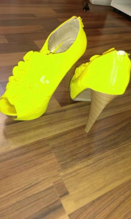 Jasně žluté extravagantní boty 6418074862