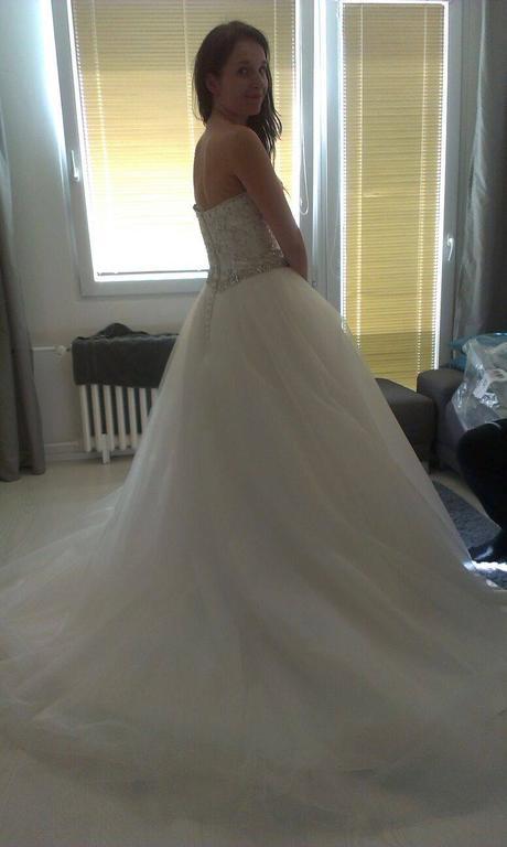 Svatební šaty šité dle vzoru Pronovias Mada, 34