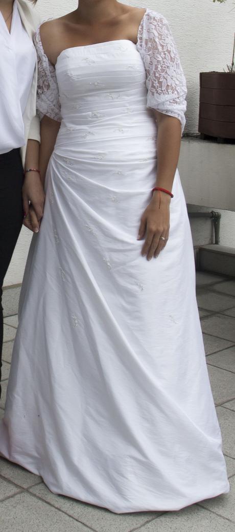 Svadobné šaty zo salónu Nicole, 38