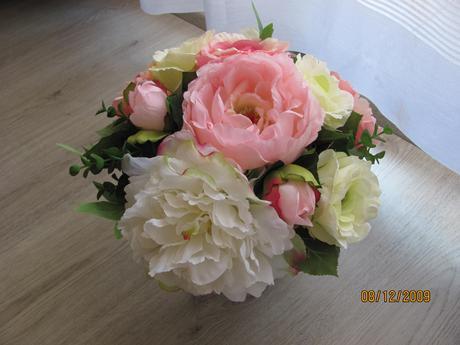 umělá svatební kytice s vývazkem,