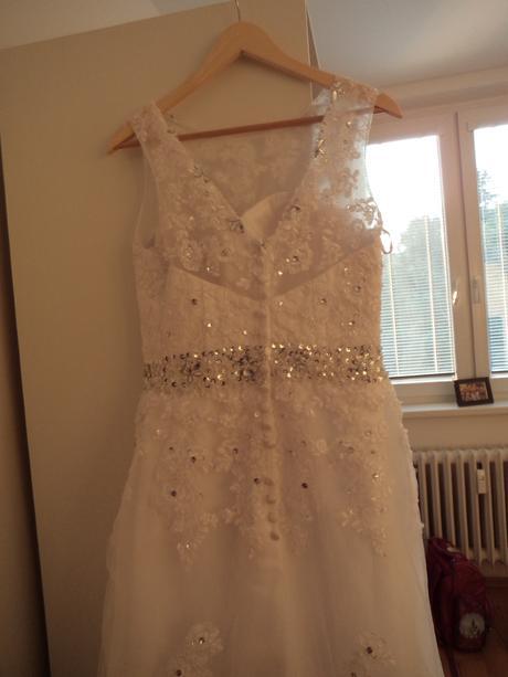 Bílé svatební šaty, velikost 38, 38