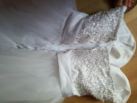 Korzetové svatební šaty, 42