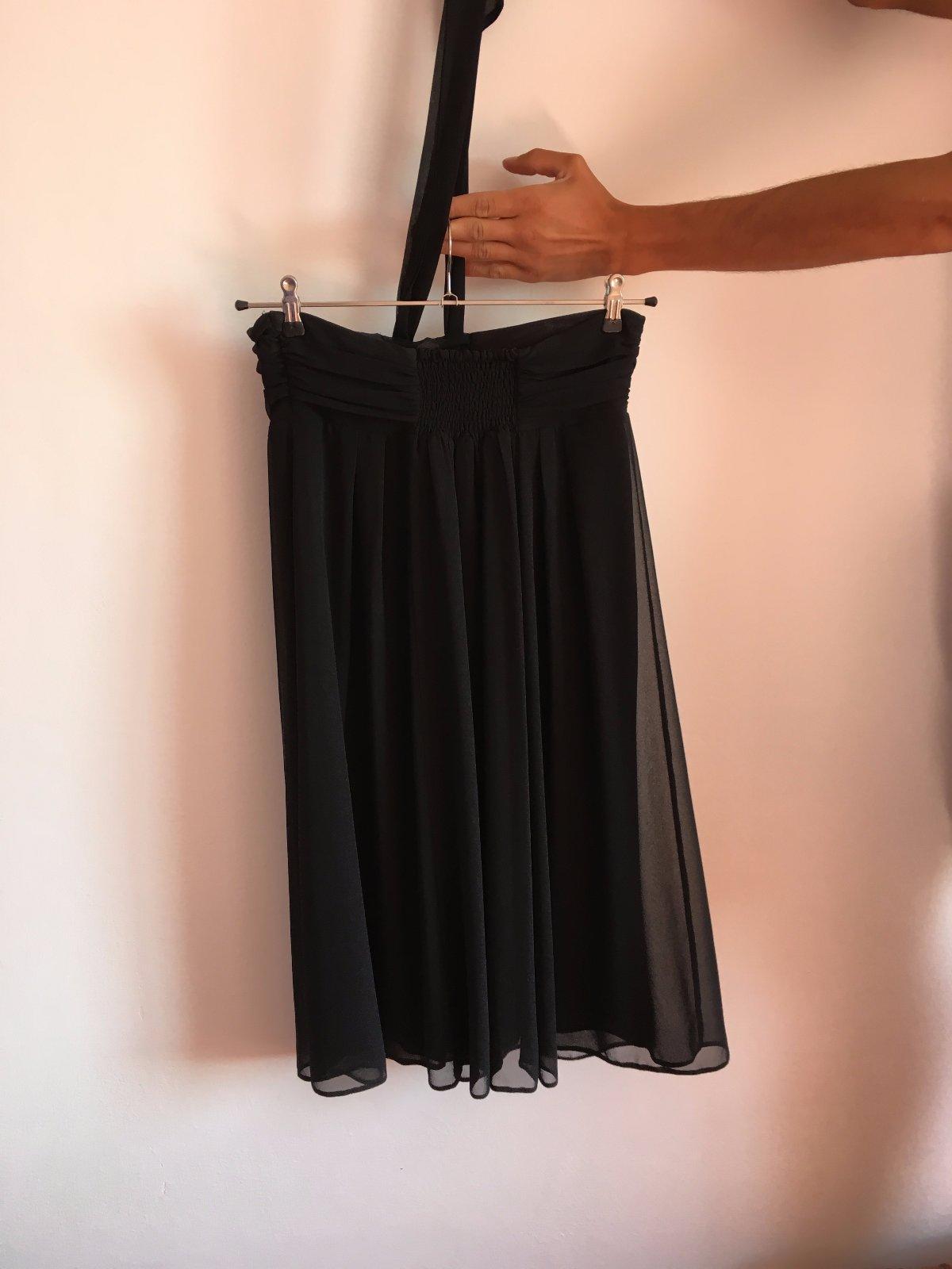 Čierne ľahučké šaty 985d106f5d4