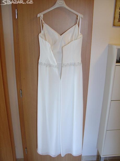 Svatební šaty v barvě smetanové, 40