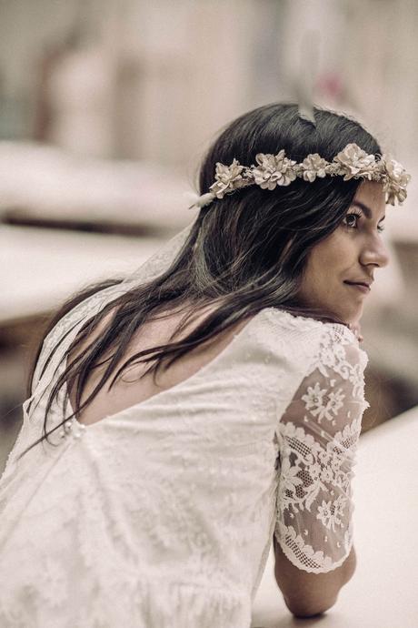 Svatební šaty ze studia Laure de Sagazan, 38