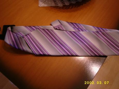 sedofialova kravata,