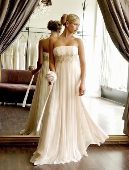 krémové antické svatební šaty Heriette M-L, 40