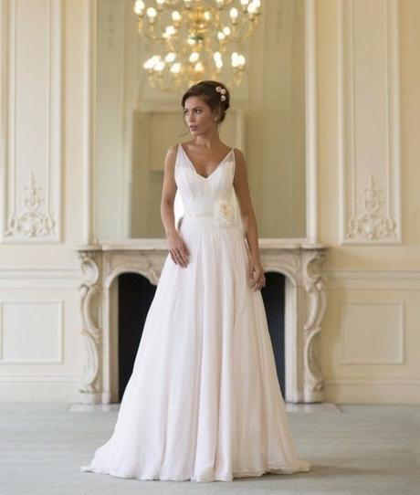 luxusní bílé antické svatební šaty na ramínka 4XL, 50