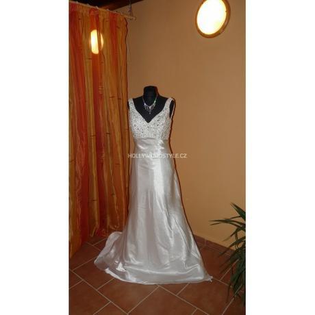 luxusní svatební šaty Carmella, 38