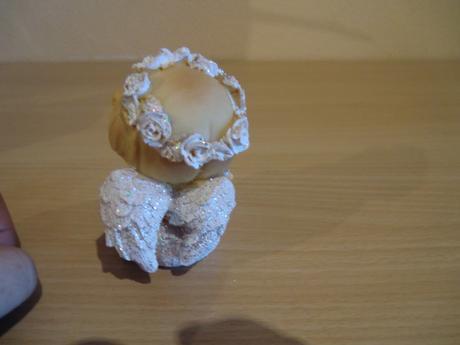 Dekorácia -dve keramické sošky cena spolu,