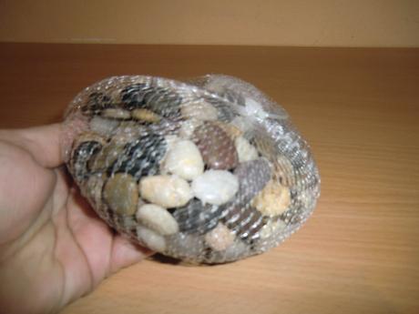 Dekorácia - malé kamene, 970 g,