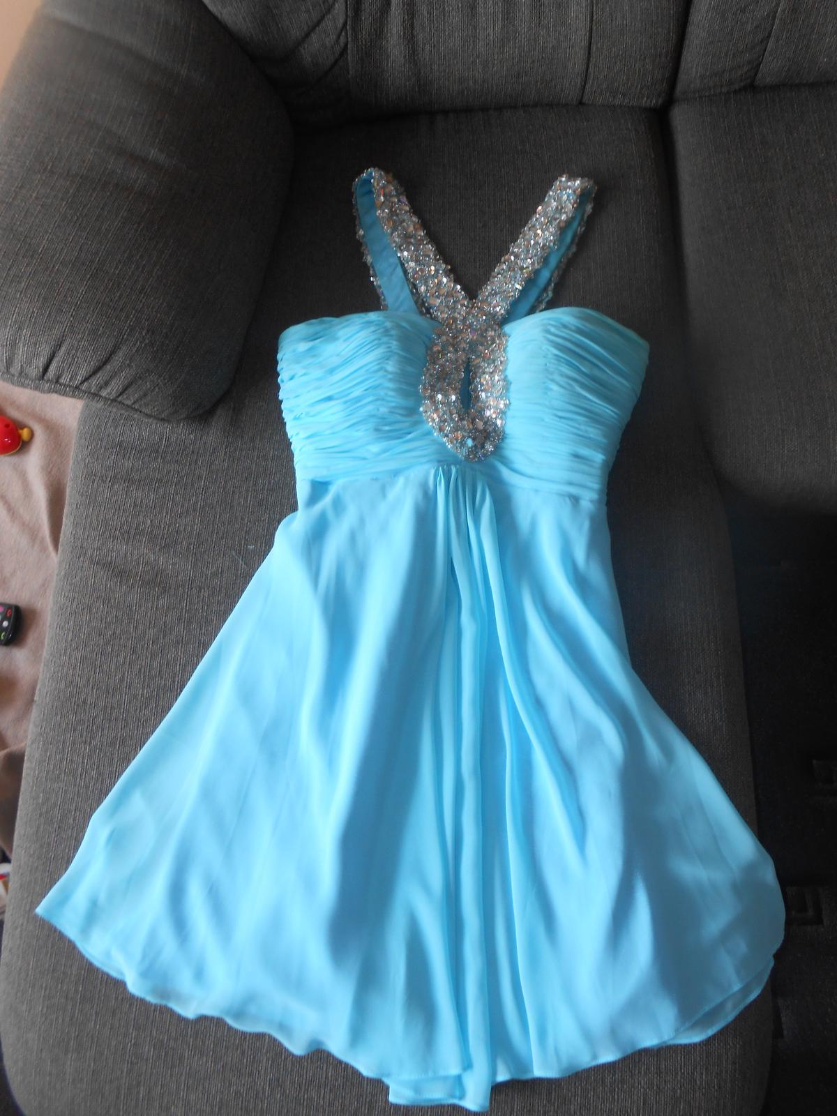 ae466275934f Spoločenské šaty nitra