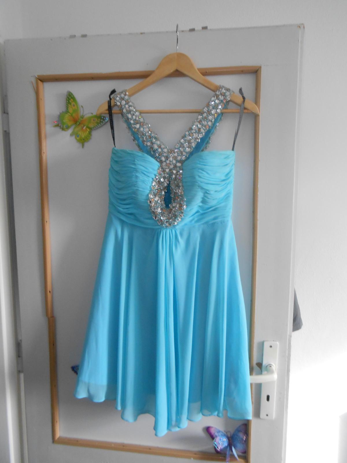 ee79ce195fc5 Spoločenské šaty nitra