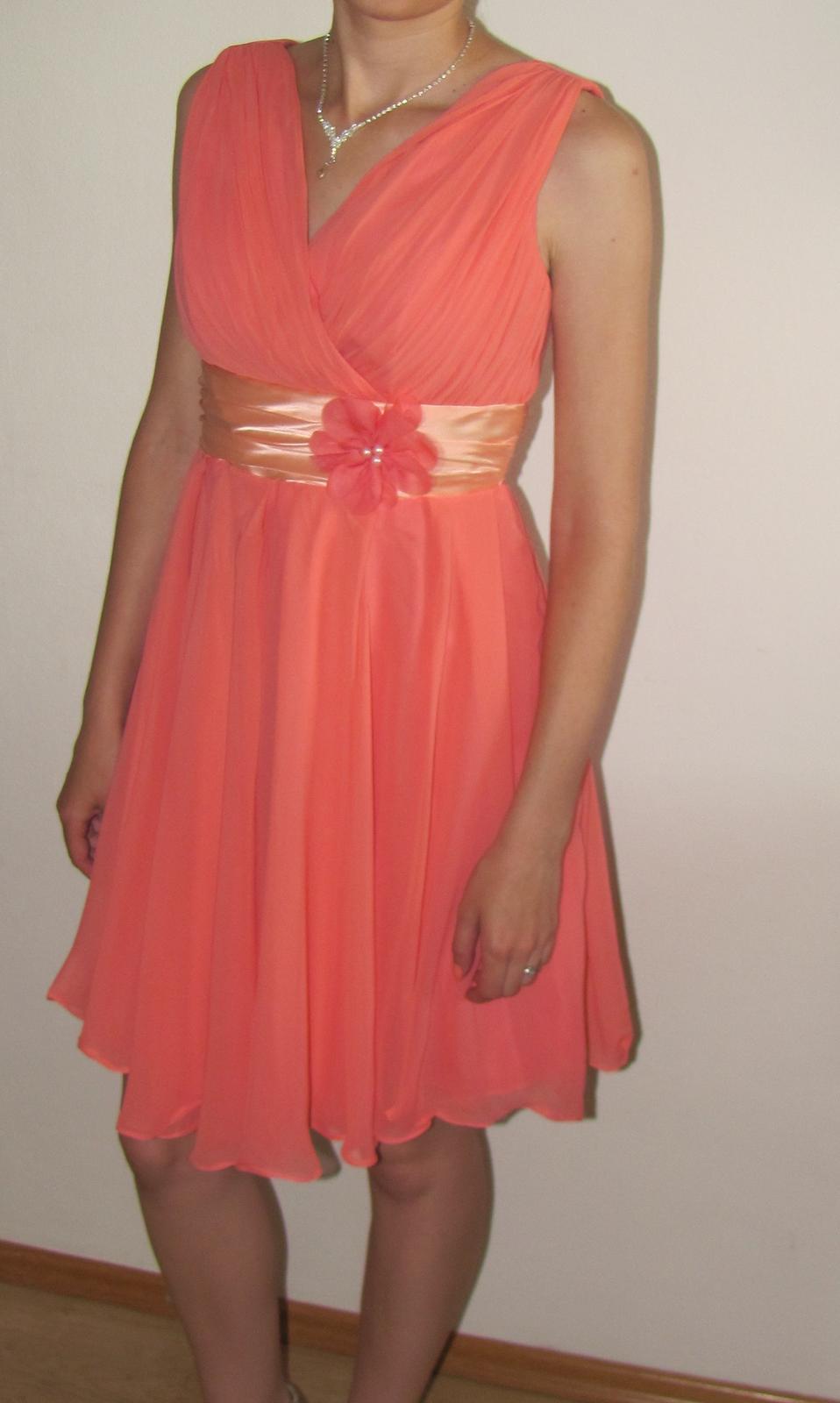 a564c0c731e8 Lososové šaty