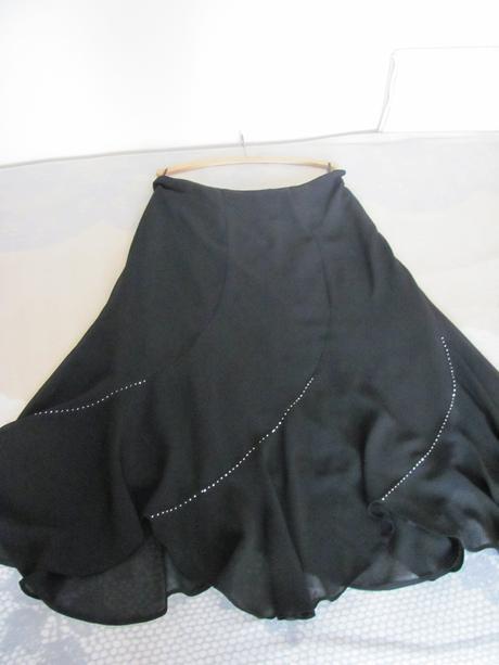 Elegantna sukňa, 46