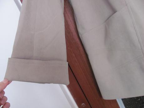 Prechodný elegantný kabátik, 50