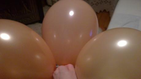 Balóny oranžové-lososové-smotanové,