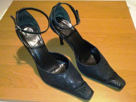 Sandále čiernej farby, 39