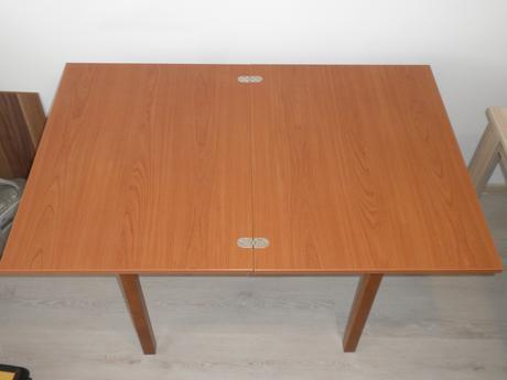 Rozkladací stôl ,