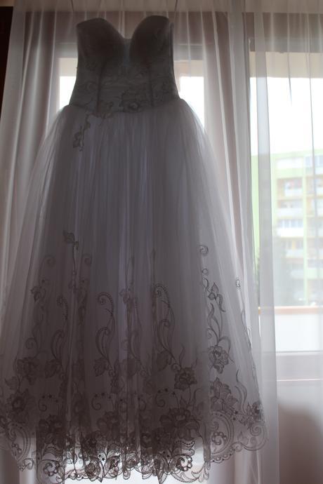 Rozprávkové šaty, 36