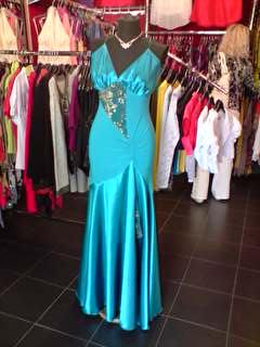 Spoločenské šaty na predaj veľkosť 40 6520ae75895