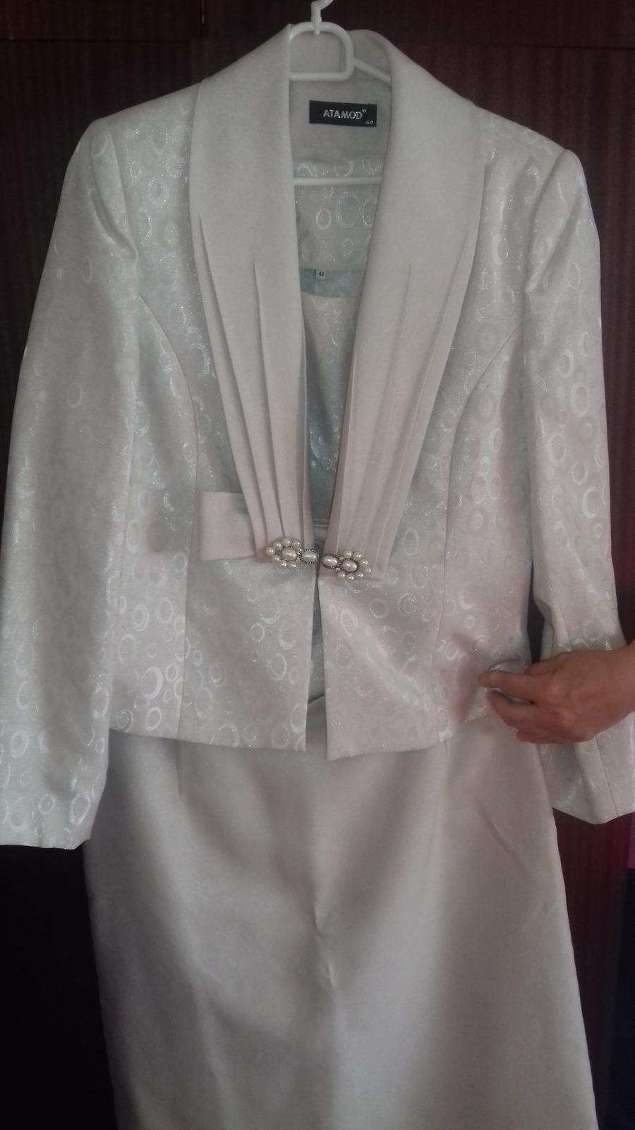9028f35fe5d2 Suknovy kostym