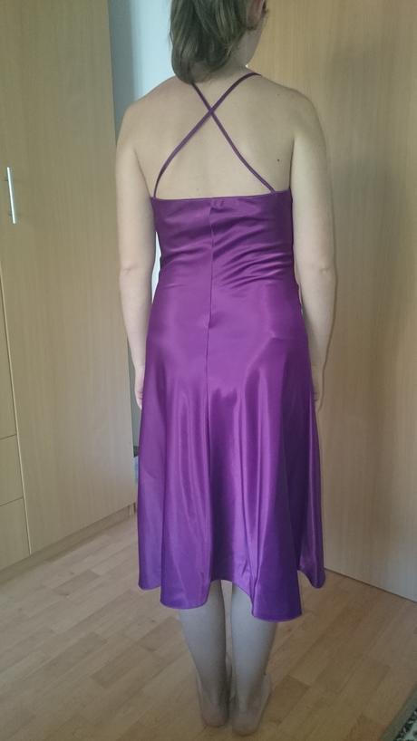 spolocenske šaty, 36
