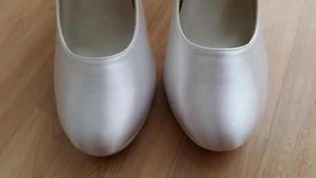 Nepoužité saténové topánky z USA, 40