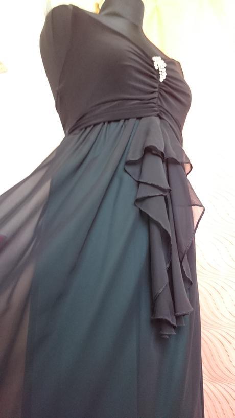 Čierne dlhé šaty,