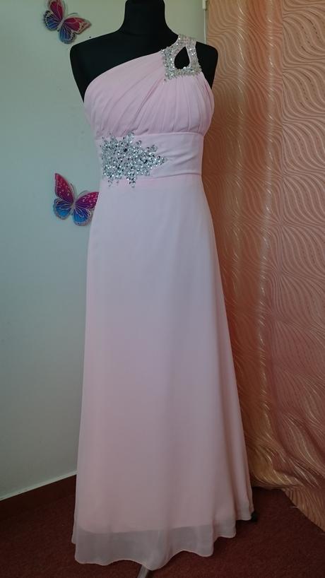 Dlhé šifónové šaty, 36