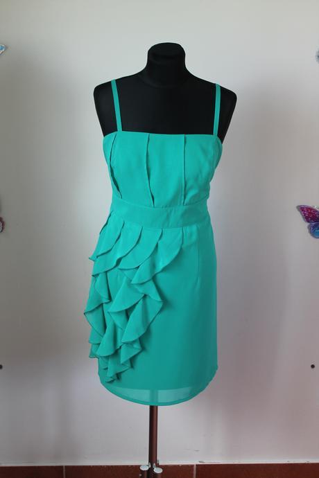 Krátke šaty, 42