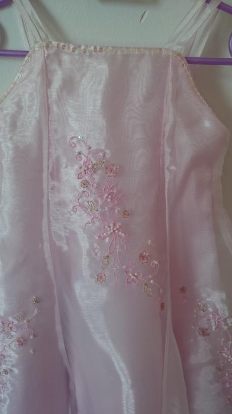 Ružové šatôčky, 80