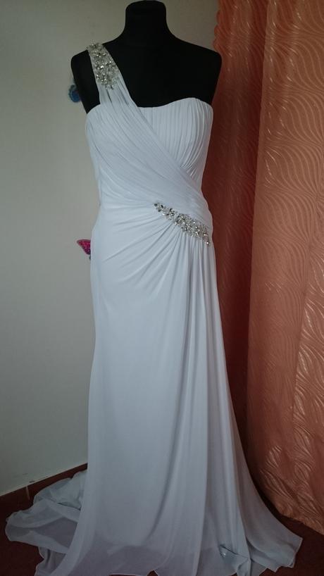 Šifónové svadobné šaty, 36