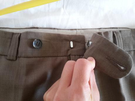 Nohavice nenosene, 48