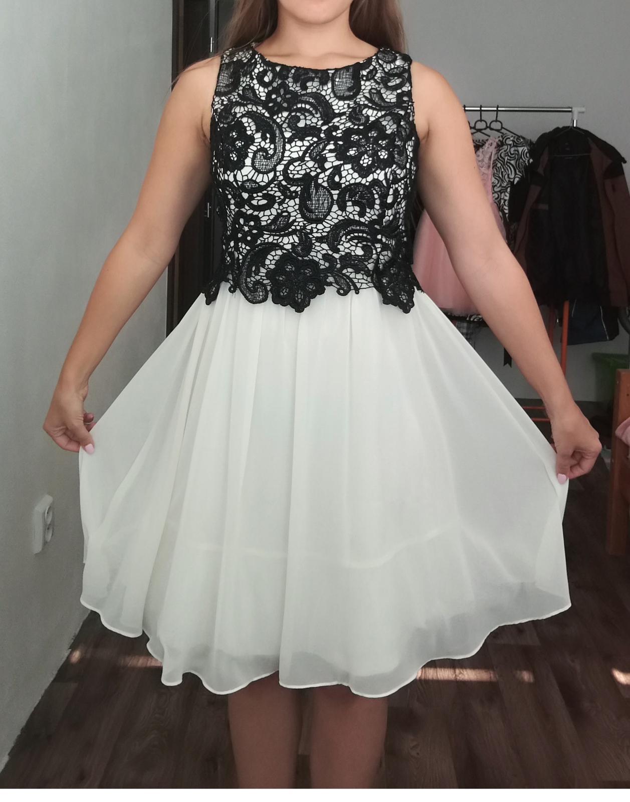 d74bf34757cf Krémové šifónové šaty s krajkovým topom