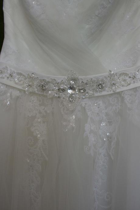 Svatební šaty Donna vel. 40, 40