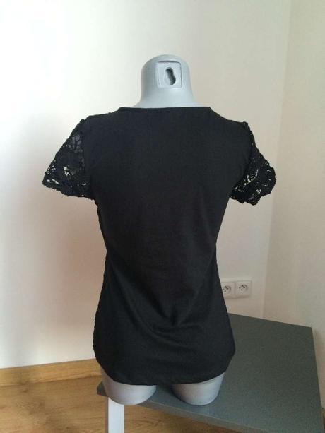 Černé tričko s krajkou , M