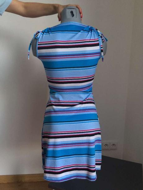 Letní proužkované šaty do V, M