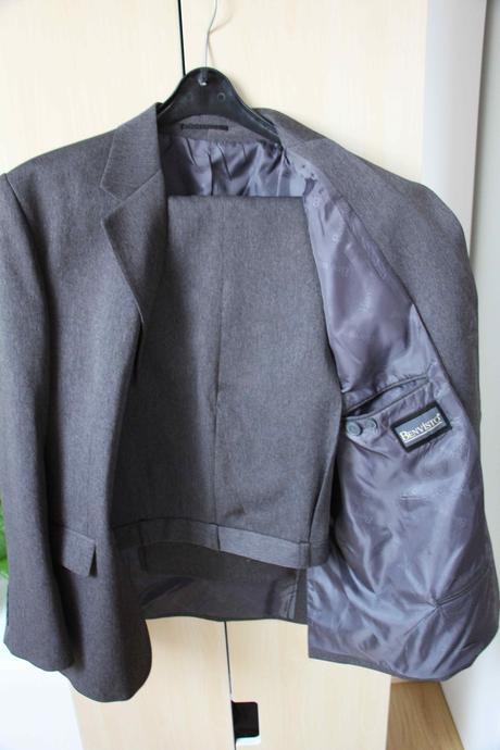 pánský šedivý oblek zn. Benvisto, 50