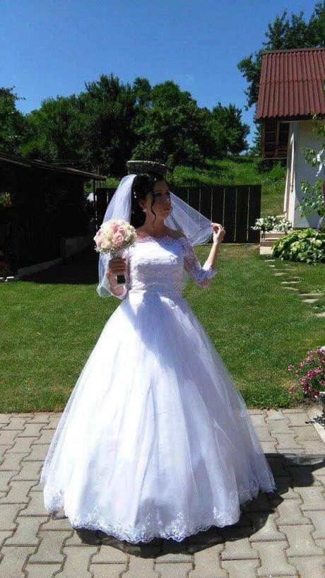 Romanticke svadobne saty, 36