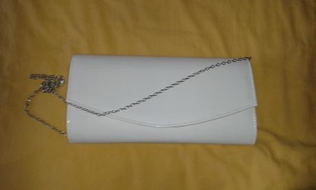 Biela lakovaná listová kabelka,