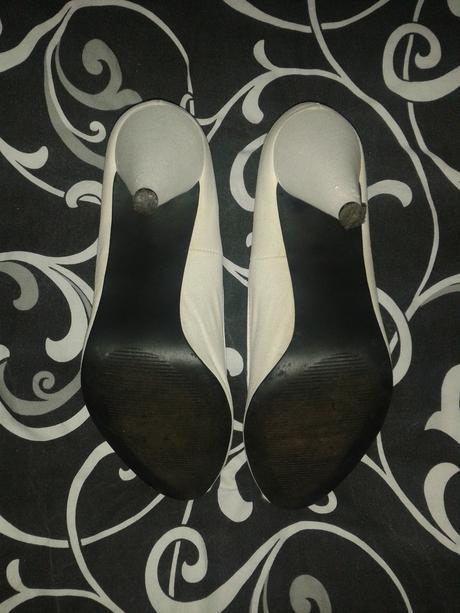 Biele topánky, 40