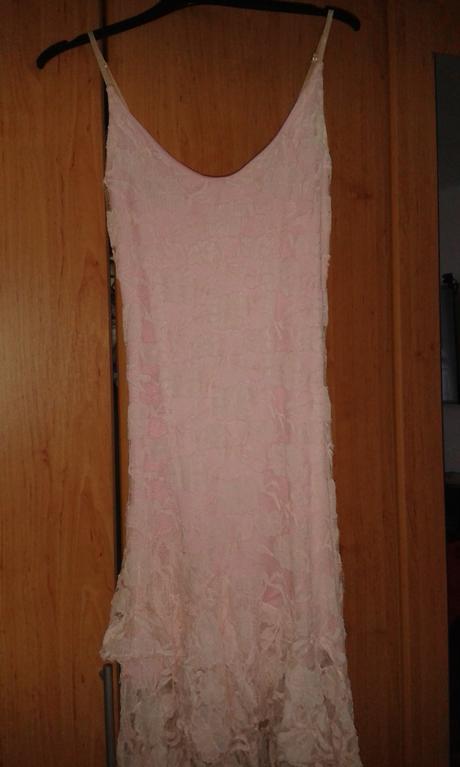 Svetlo-ružové šaty, M