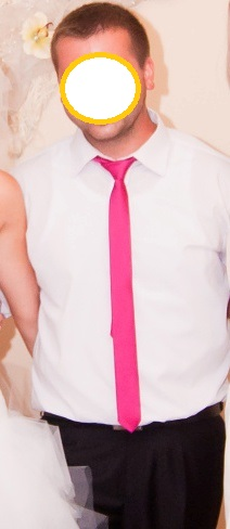 Tenká fuchsiova (cyklamenová) kravata,