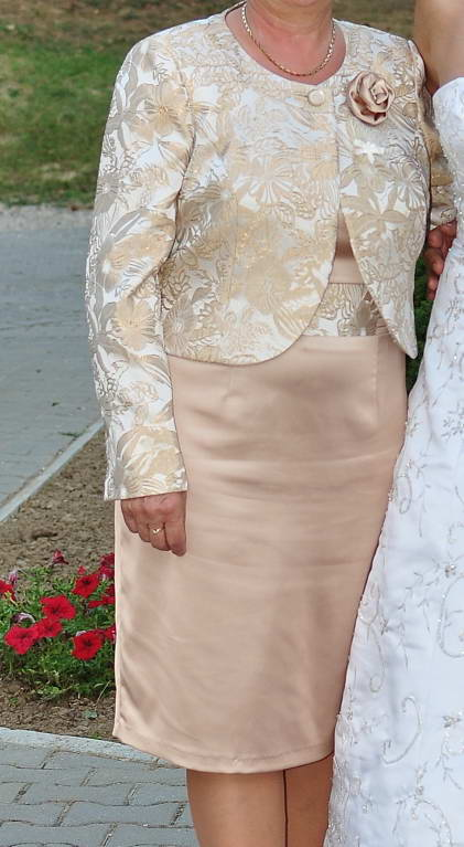 Puzdrové spoločenské šaty s kabátikom abcf85dae68
