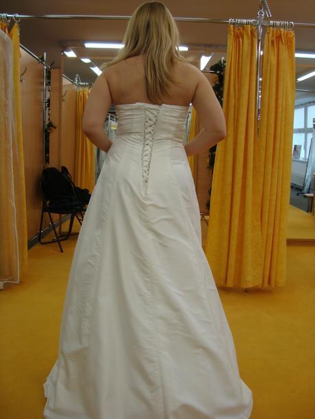 Pohodlné a lehké svatební šaty vel. 38-42, 40