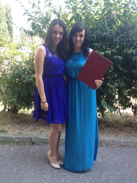 Dlhé modré šaty - spoločenské aj každodenné, 34