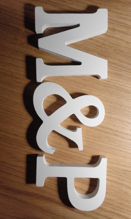 písmena M a P,
