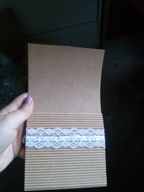 Kartonové kapsičky na příbory 20x - cena za vše,