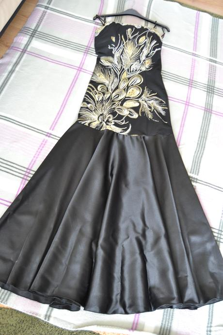 Čierno-zlaté šaty 36/38, 36